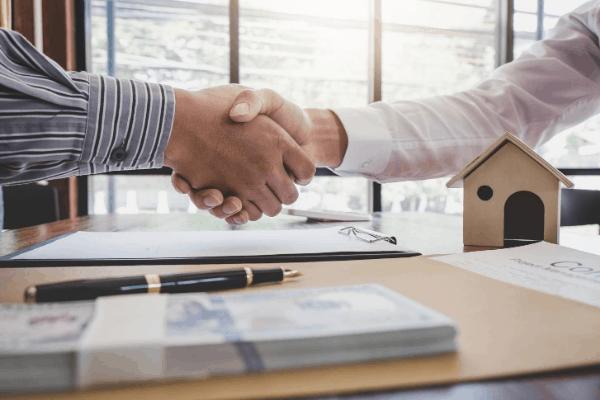 Mortgage Broker Hand Shake Saint Charles Mortgage Texas St. Louis Missouri